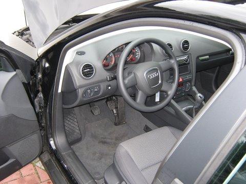 Audi A3 1.6 Sportback Innenansicht nach Einbau einer LPG-Autogas Anlage