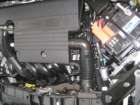 Ford Fiesta Motorraum nach Einbau einer LPG-Autogas Anlage