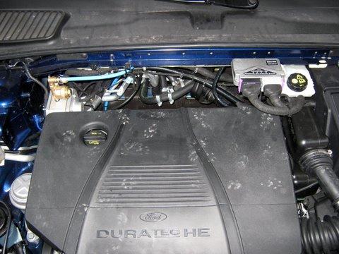 Ford Mondeo Titanium Motorraum nach Einbau einer LPG-Autogas Anlage
