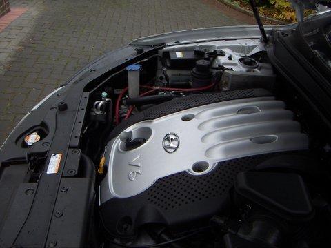 Hyundai Santa Fe Motorraum nach Einbau einer LPG-Autogas Anlage