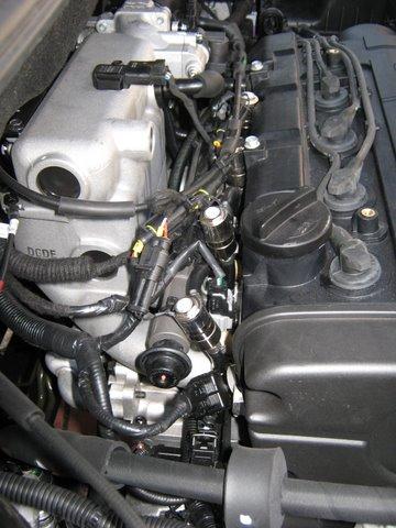 Hyundai Tucson 2.0i Motorraum nach Einbau einer LPG-Autogas Anlage