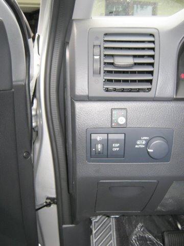 Kia Sorento Armaturenbrett / Cockpit nach Einbau einer LPG-Autogas Anlage