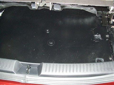Mazda 5 Kofferraum nach Einbau einer LPG-Autogas Anlage