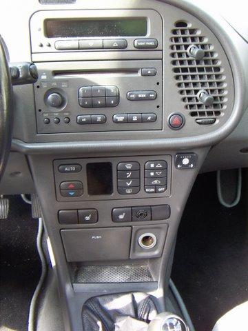 Saab 9.3 2.0 Innenraum nach Einbau einer LPG-Autogas Anlage