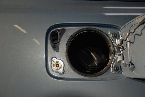 Volvo V50 1.8 Tankstutzen nach Einbau einer LPG-Autogas Anlage