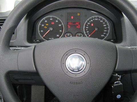 Volkswagen VW Golf Variant Cockpit nach Einbau einer LPG-Autogas Anlage