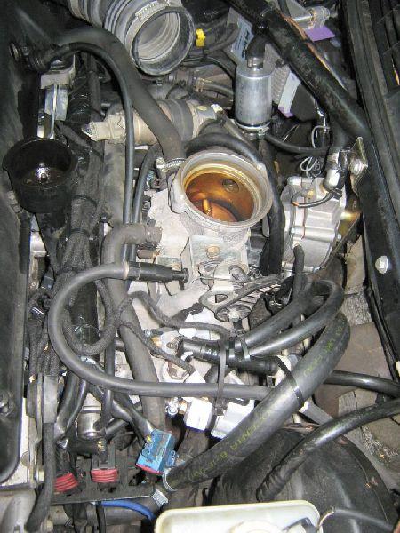 Saab 9.3 2.0 Cabrio Motorraum nach Einbau einer LPG-Autogas Anlage