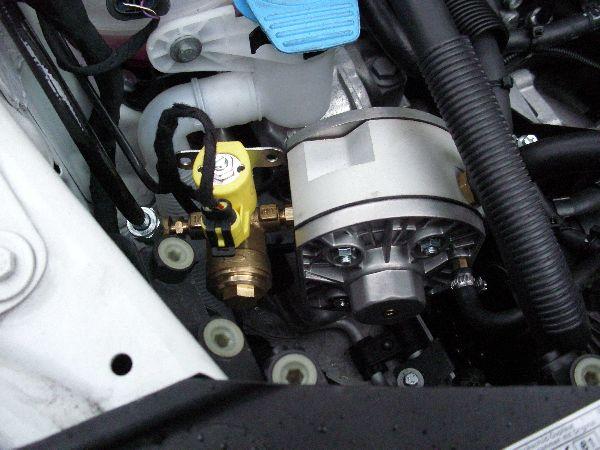 Volkswagen VW Caddy Maxi Kasten Verdampfer / LPG Autogas: Anlage KME Diego G3